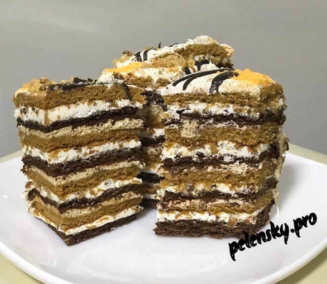 """Повітряний та ніжний торт-пляцок """" Лісова білочка"""""""