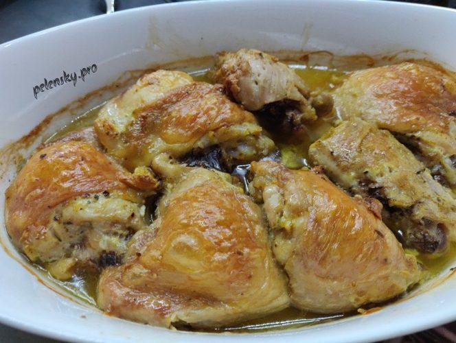 Запечені курячі стегна. Рецепт курячого м'яса в духовці.