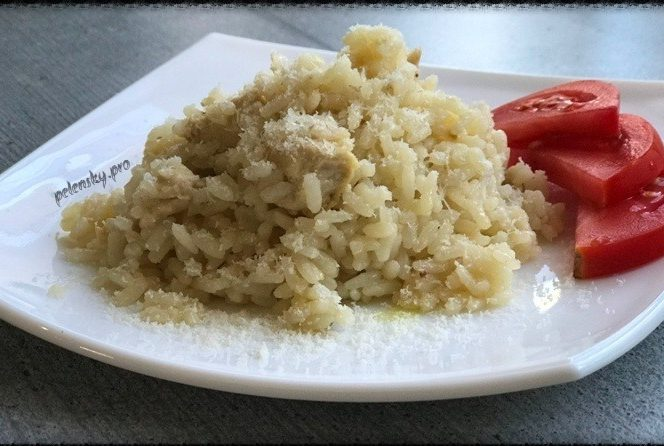 Різотто з куркою, напевно найсмачніше, що можна приготувати з рису.