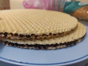 Торт снігерс без випікання