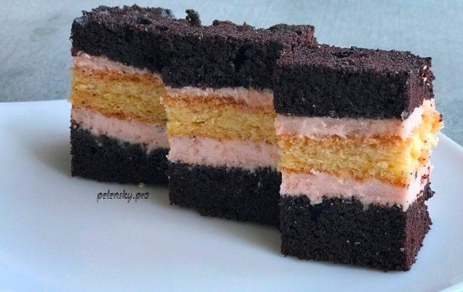 """Сімейний торт-пляцок """"Зефірка"""" з масляно-зефірним кремом."""