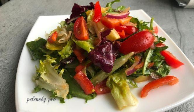 """Швидкий вітамінний салат з ароматною заправкою для святкового та буденного столу """"Олівія"""""""