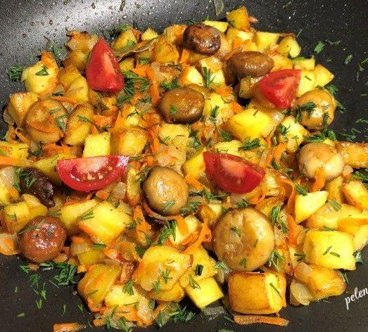 Смачна пісна страва з картоплі та грибів, рецепт моїх батьків.