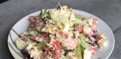 """Салат """"Візаж"""" з овочами та м'ясом. Красивий і дуже швидкий салат."""