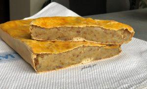 Гречаний пиріг з картоплею