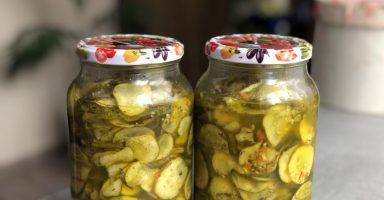"""Салат з огірків на зиму із приправою """"10 овочів"""""""