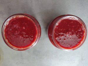 Пряний вишневий соус до м'яса