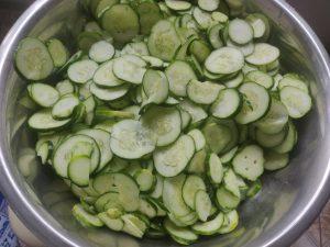 Салат з огірків на зиму