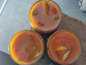 Огірки в кетчупі на зиму