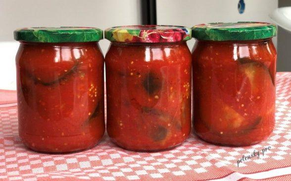 Баклажани в аджиці на зиму. Рецепт баклажанів у пікантному соусі.