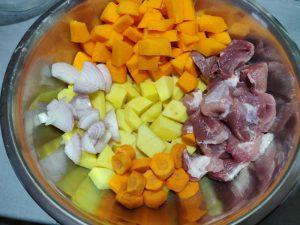 Запечена картопля в духовці з гарбузом
